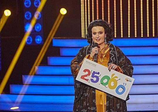Proměna ve španělskou pěvkyni Honzovi vynesla vítězství. Konečně.
