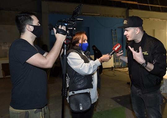 Dominik při rozhovoru se Super.cz