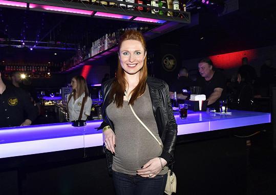 Romana je v pátém měsíci těhotenství.