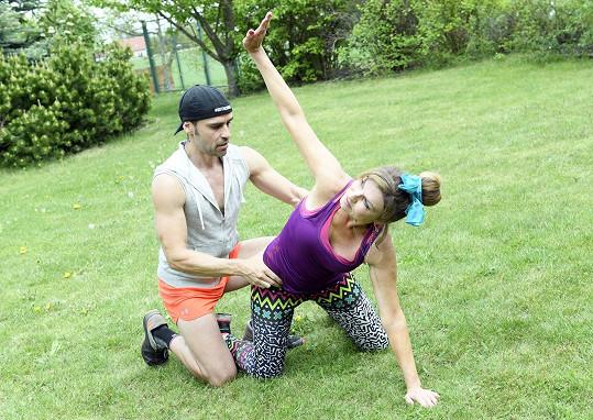Tam probíhá trénink pod Adensamovým vedením.