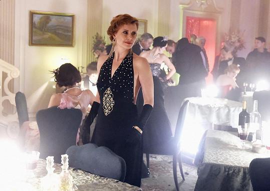 V první řadě se zhostila postavy prostitutky Goldy Vlastina Svátková. Ve druhé a třetí řadě si ji zahraje Jitka Schneiderová.