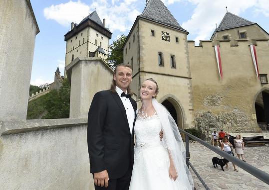 Michal Bragagnolo se s manželkou Denisou brali loni. Oba jsou jako umělci nyní bez práce.