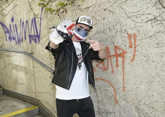 DJ Roxtar a delfín Adolfeen