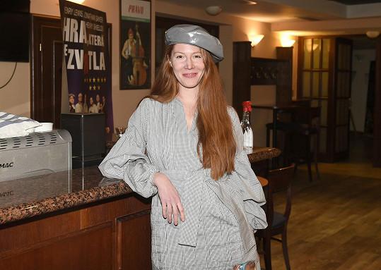 Nikol Heřmánková Kouklová prý protekci v divadle, které vede její manžel, nemá.