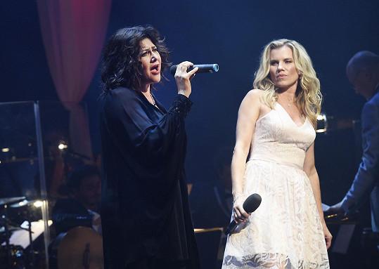 Ilona s Leonou se mají rády jako kolegyně i jako zpěvačky.