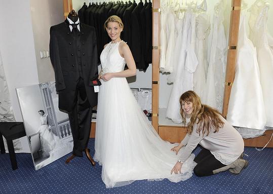 Míša fotila pro svatební salón.