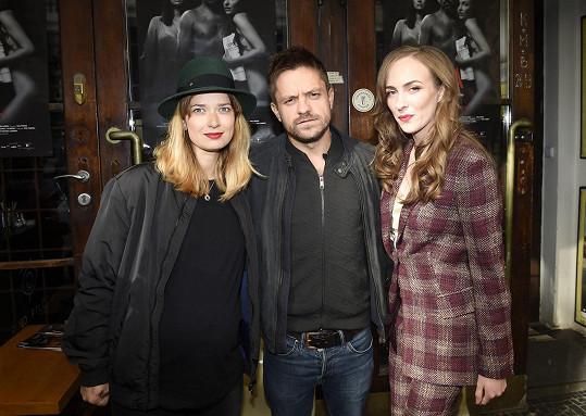 Ve filmu Alejandra Fernándeze Almendrase Hra (2019) vytvořil postavu ředitele divadla. Hrál s Marikou Šoposkou a Elizavetou Maximovou.