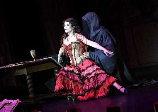 Míša je hodně sexy i v představení Fantom opery.