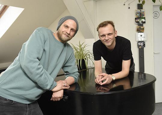 Bratři Polákovi hrají v kapele O5 a Radeček už od puberty.