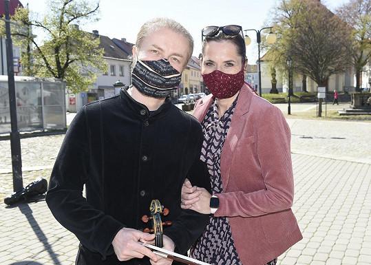 Pavel Šporcl s manželkou, herečkou Bárou Kodetovou Šporclovou