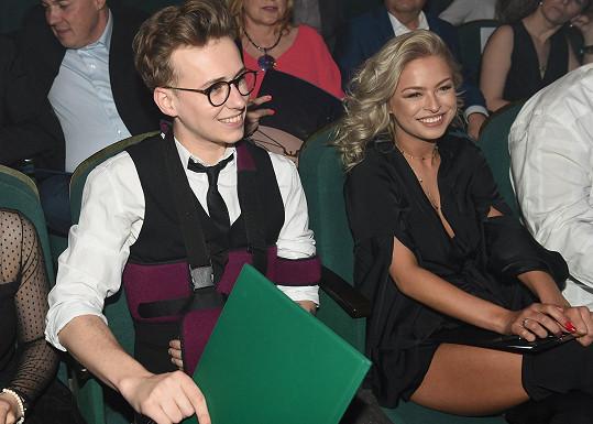 Kristýna s Vojtou se potkali jako porotci soutěže Dívka roku, v níž kdysi Kubíčková sama soutěžila.