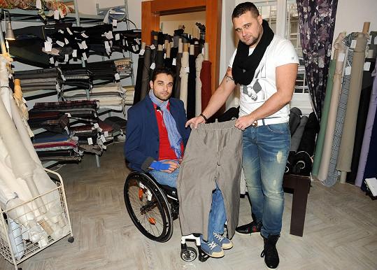 Martin s kamarádem, návrhářem Pavlem Filandrem.