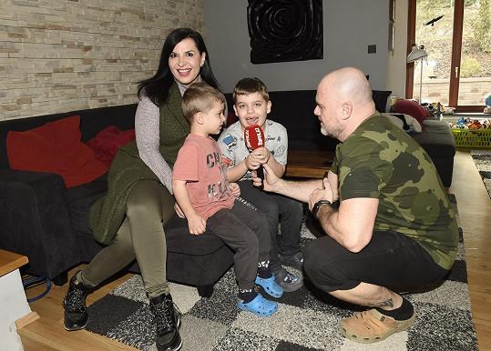 Andreu a její rodinu jsme navštívili u nich doma.