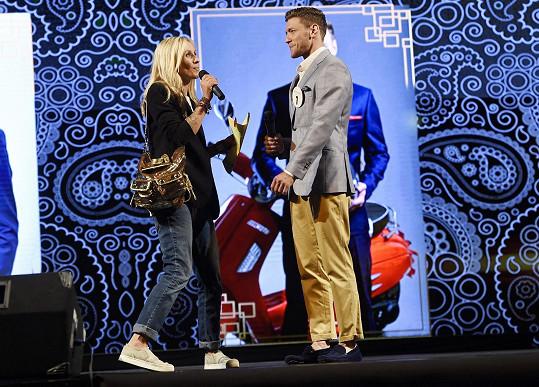 Tam vyzpovídala finalistu číslo 1 Miroslava Dubovického, který skončil na 3. místě.