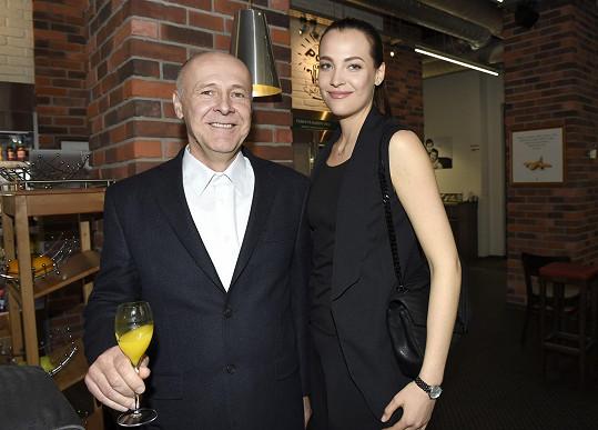 Katka založila nadační fond se svým tatínkem Janem.