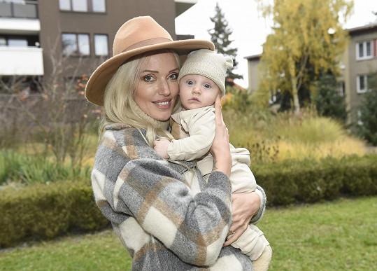 Modelka Kateřina Šonková se raduje ze syna Timoteje.