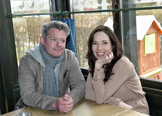 Tereza s kolegou Alešem Hámou, s nímž hraje nejen v Mýdlovém princi, ale i v představení Frankie a Johny.