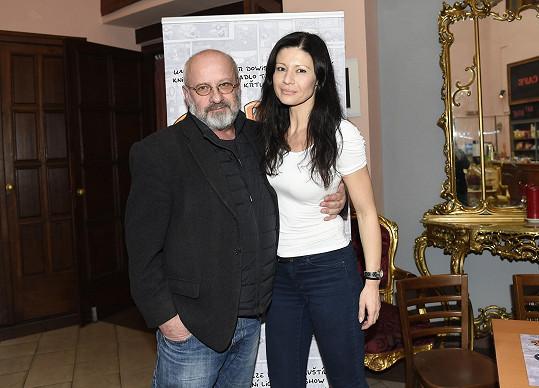 Manželé Pavlína Babůrková a Petr Kratochvíl se společně po delší době objevili ve společnosti.