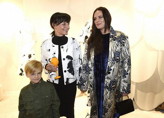 Kolekci Nadotek pro ni vytvořila Liběna Rochová.