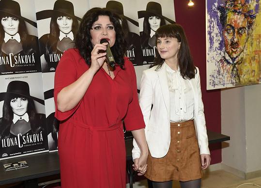 Píseň Abych byla IN, kterou nedávno vyslala do světa, jí napsala mladá autorka Patricie.