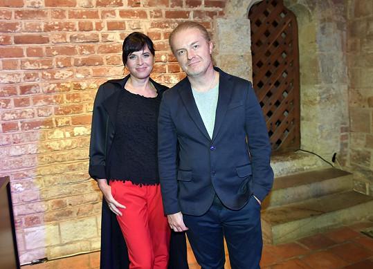 A také s manželkou Bárou Kodetovou