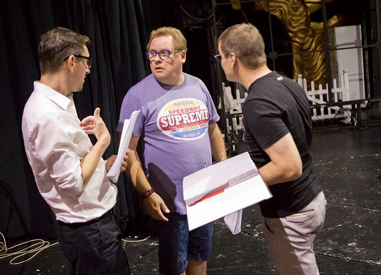 Vašek tráví srpen na zkouškách v divadle.