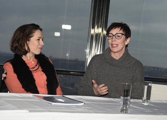 Na tiskové konferenci s kolegyní Kristýnou Frejovou, s níž si zahraje v komedii Tik tik.
