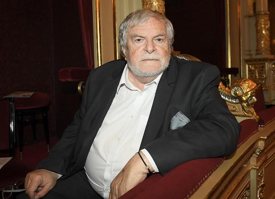 Stejnou cenu dostal i Jan Kačer.