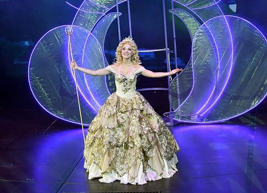 Nikola Ďuricová jako G(a)linda v muzikálu Čarodějka