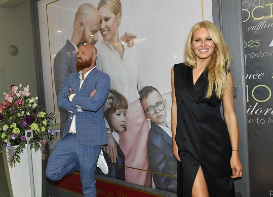 Na modela si zahrál i její manžel Karel.