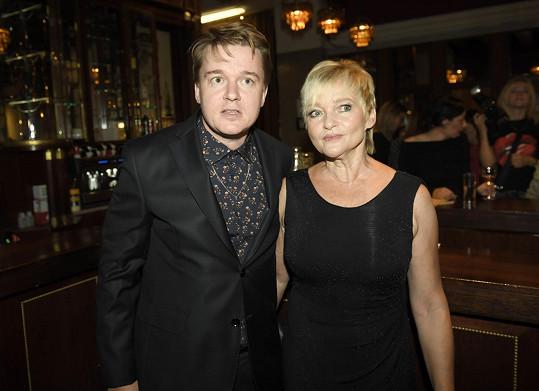Petr Kolečko na premiéře svého filmu Zbožňovaný s maminkou Olgou