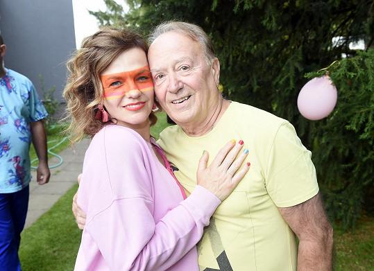 S tatínkem Petrem Jandou na loňské fotce