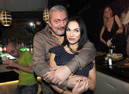 Jeho Adrianou bude Kamila Nývltová.