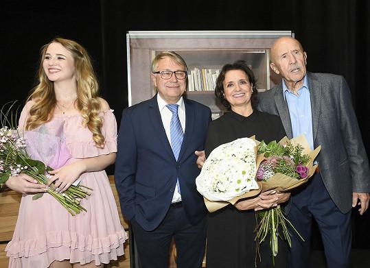 S režisérem Antonínem Procházkou a Zuzanou Žákovou, která ztvárňuje menší roli.
