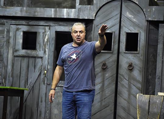Foto z loňského srpna, kdy byl herec v hubnoucím procesu.