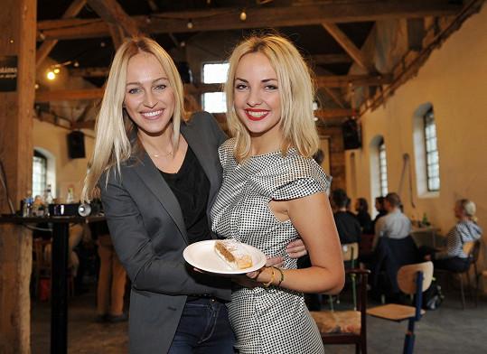 Renata Langmannová a Lucie Špaková se potkaly na happeningu.