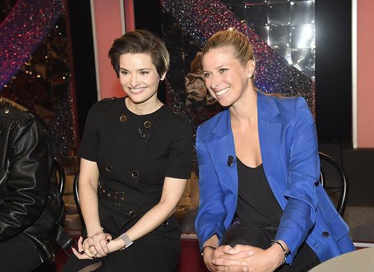 Martina Viktorie Kopecká a Andrea Sestini Hlaváčková se předvedou na tanečním parketu.