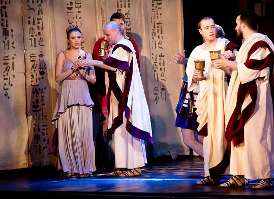 Zdenka představení Kleopatra odehrála s rostoucím bříškem.