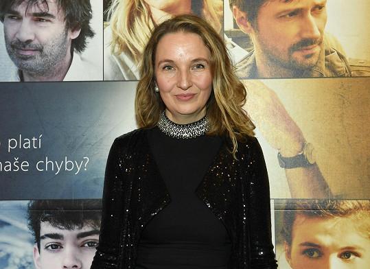 Trojanovy obsadila režisérka Olga Dabrowská.