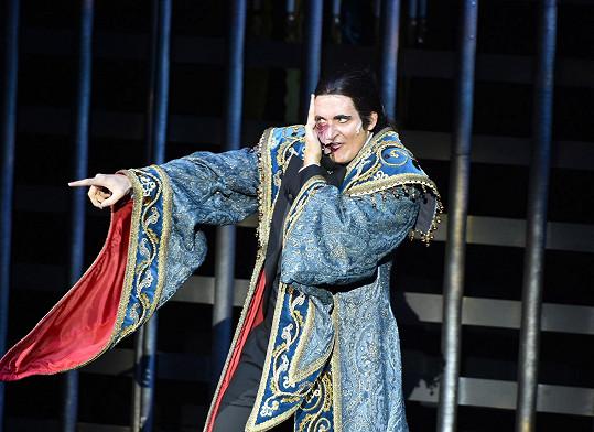 ...a jako Fantom opery