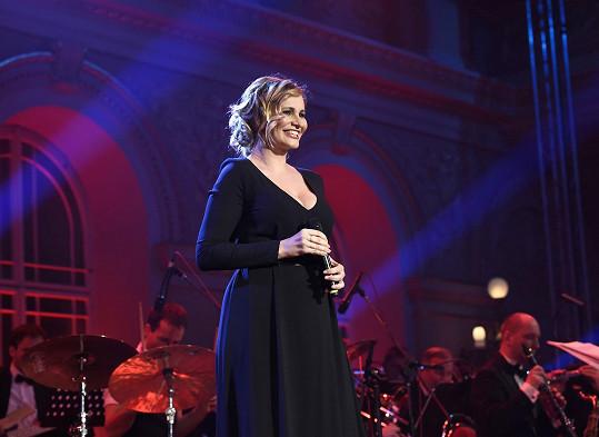 Píseň egyptské královny přitom zpívala Monika Absolonová.