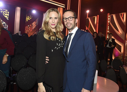Radek Štěpánek prožívá rodinné štěstí s Nicole Vaidičovou, kterou si vzal už podruhé.