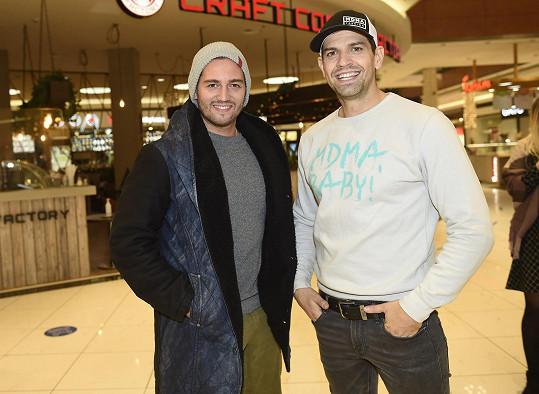 Potkal se tam i s kolegou Petrem Vojnarem.