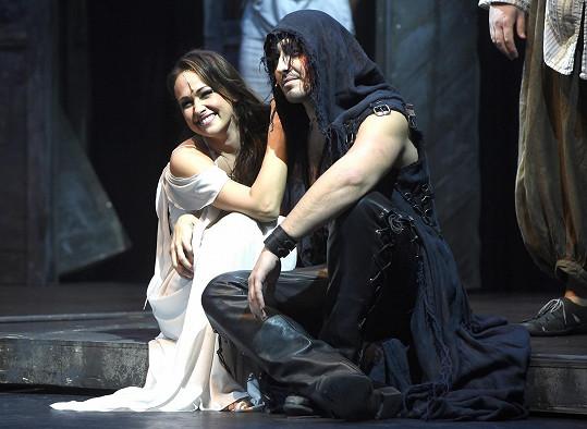 S muzikálovou partnerkou Agnes v podání Marie Křížové