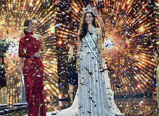 V tomto modelu Denisa Spergerová získala korunku královny krásy.