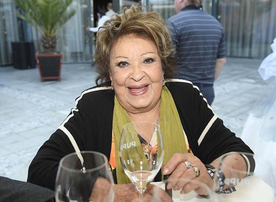 Tradičním hostem karlovarského festivalu je Jiřina Bohdalová.