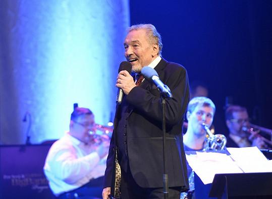 Karel Gott si koncert užil.