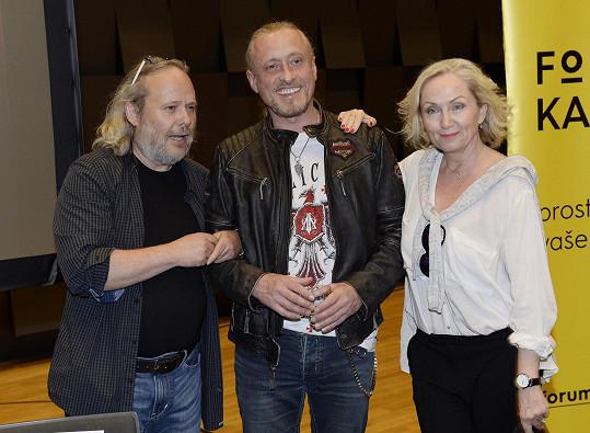 Střihavka se už poněkolikáté objeví ve stejném muzikálu s Bárou Basikovou.