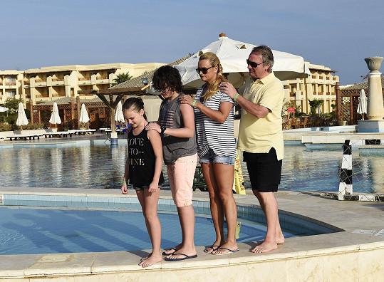 Celá rodina pohromadě v hotelovém resortu