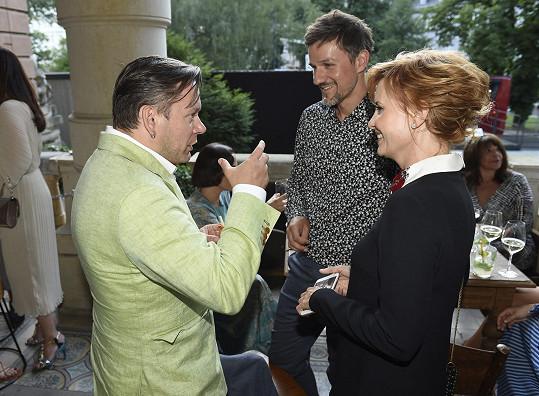 Potkal se tady opět s Jitkou Schneiderovou, která pro projekt také pózovala...